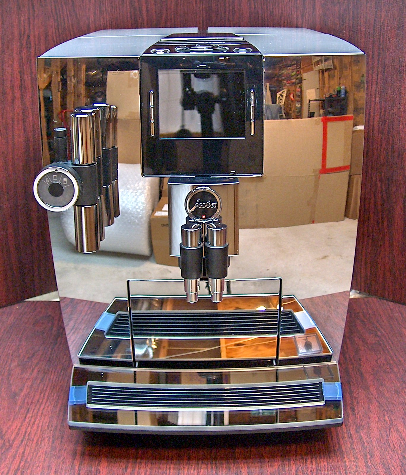 Jura Impressa J90 Chrome Tft One Touch Super Automatic Espresso Machine